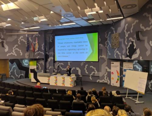 """Kariérové poradenstvo v komunitách, mobilita za prácou a """"multi-kulti"""": Správa z konferencie v Hradci Králové"""